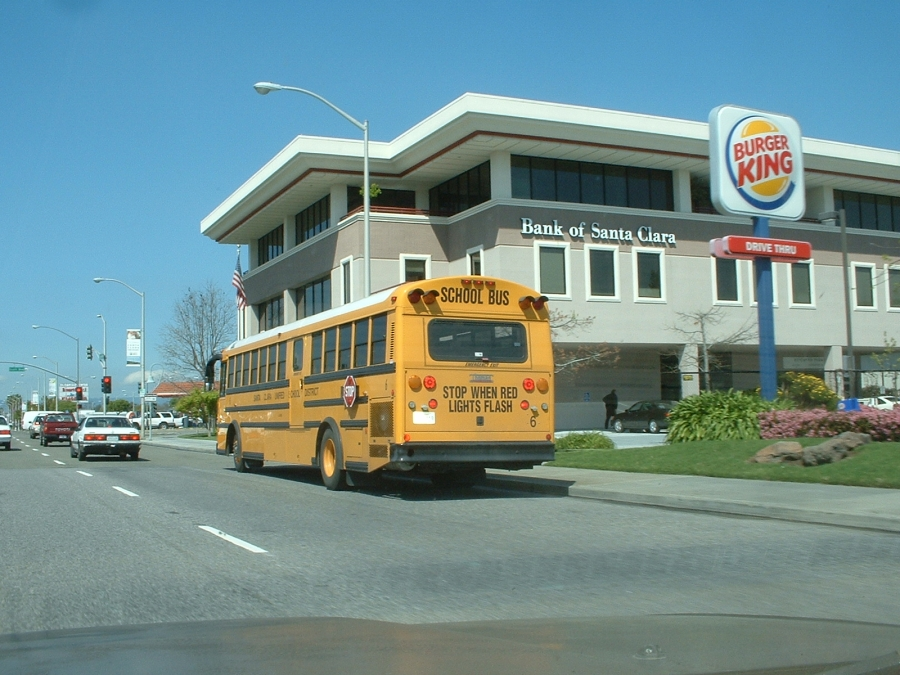 Santa Clara Unified School District Buses @ streetcarmike.com