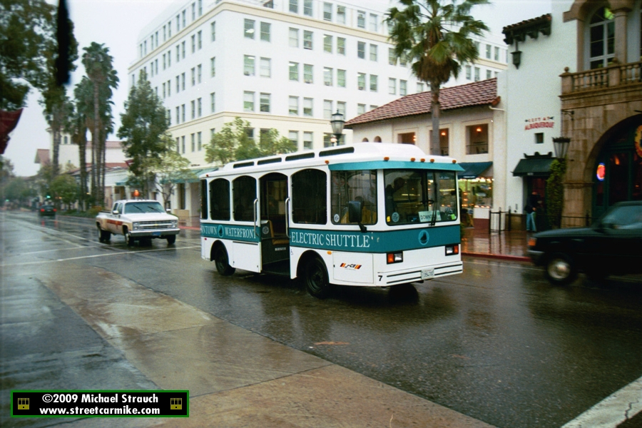 sbmtd_waterfrontshuttle7_stateanddelaguerra_1_apr2003 Santa Barbara Mtd on
