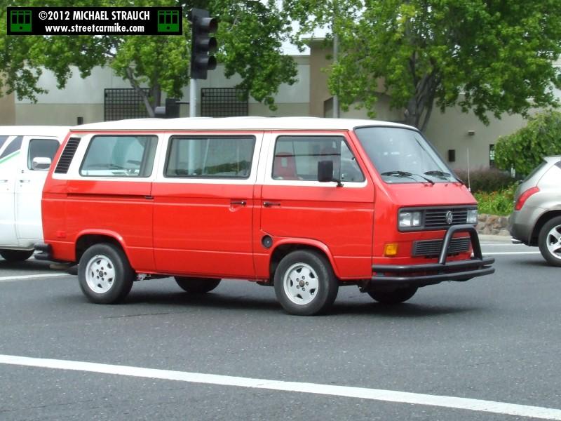 Volkswagen Type 2 Vans @ streetcarmike.com